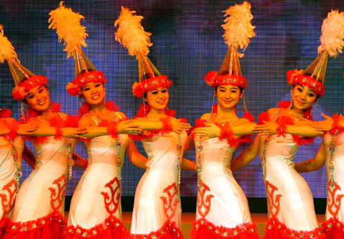中央民族歌舞团表演哈萨克族女子舞蹈-无标题文档