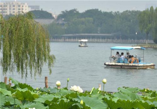 济南大明湖风景区元旦起免费开放