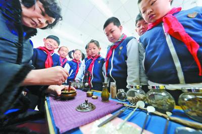 北京:開學第一課學習傳統文化