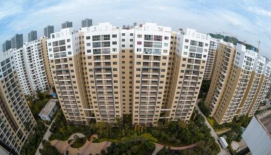 住房消費調查:近半家庭認為所在城市房價高