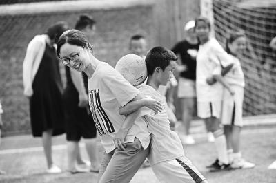 亲子足球乐