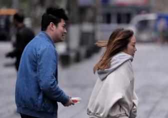 冷空氣接連影響中國