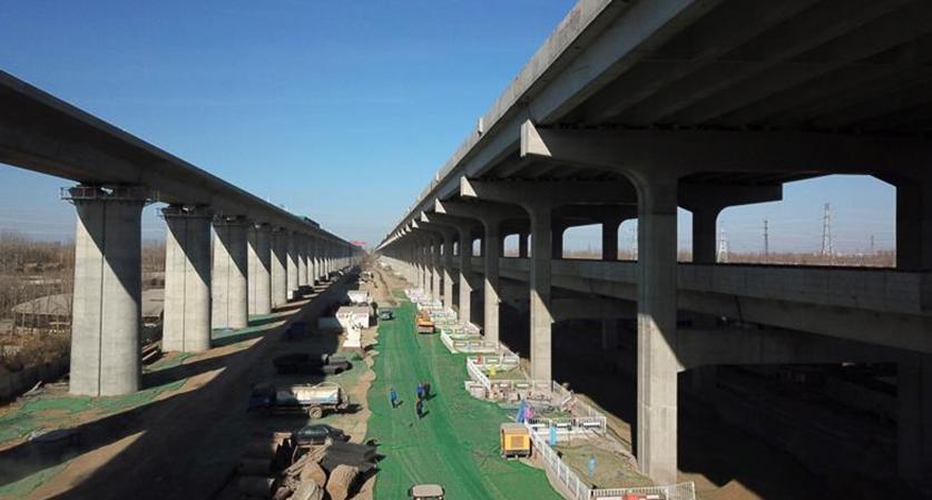 北京大興機場兩條高速有望月底通車