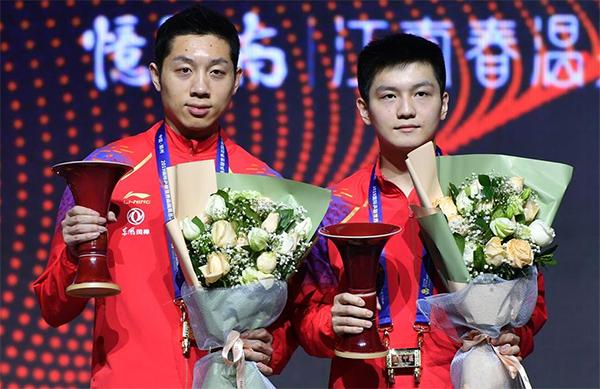 乒乓球世界巡回賽總決賽:樊振東/許昕男雙奪冠