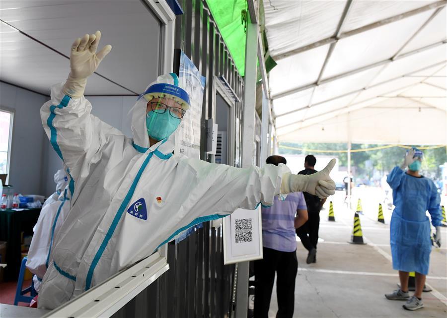 北京:探訪通州區梨園鎮核酸檢測集中採樣點